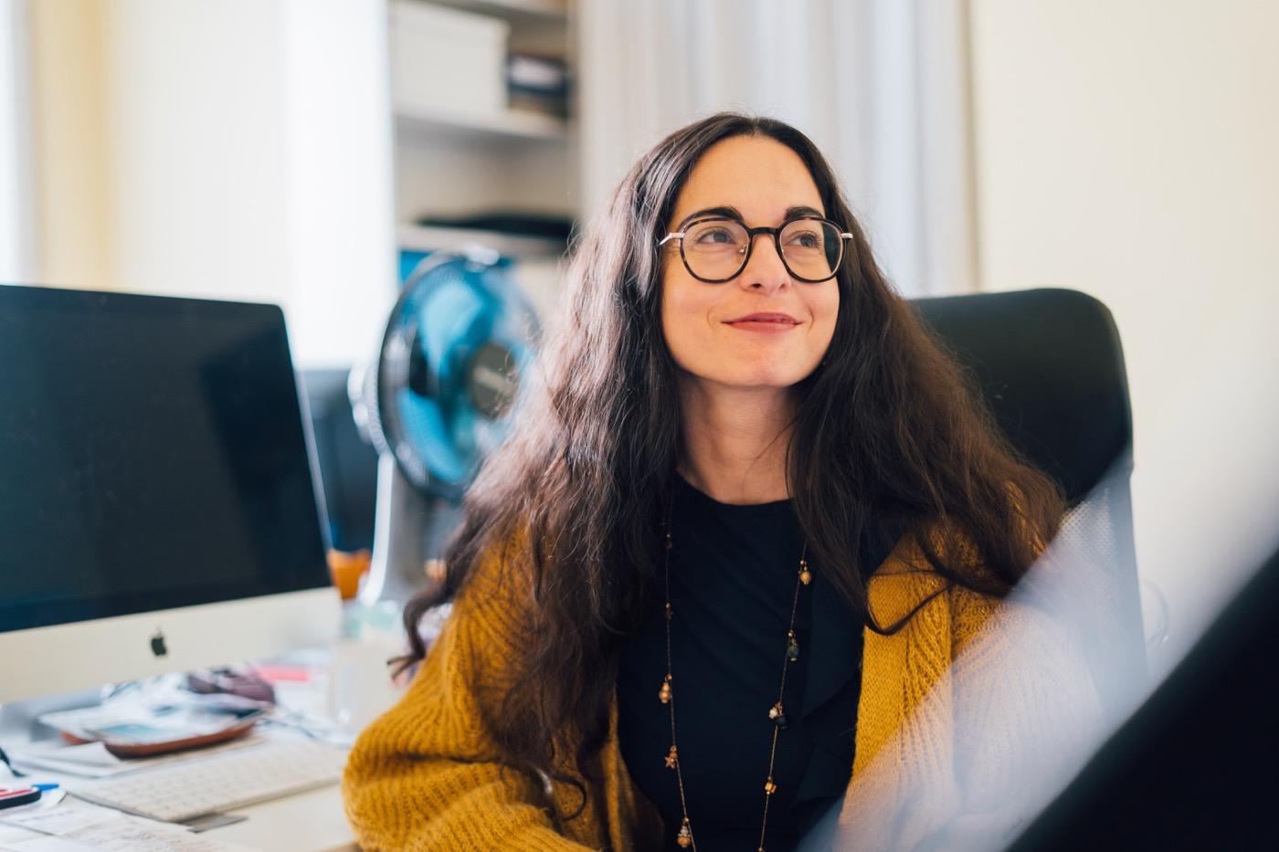 Marina Chernivsky kam in Lemberg (Lwiw) zur Welt und wuchs in Israel auf.