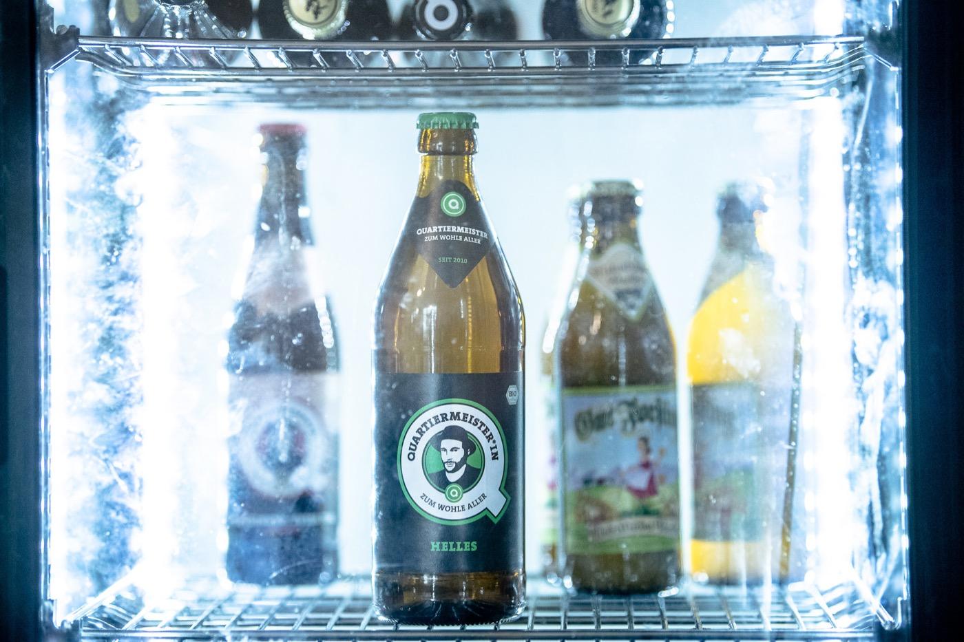 Anfangs wurde das Bier vor allem in Spätshops und Kneipen verkauft.