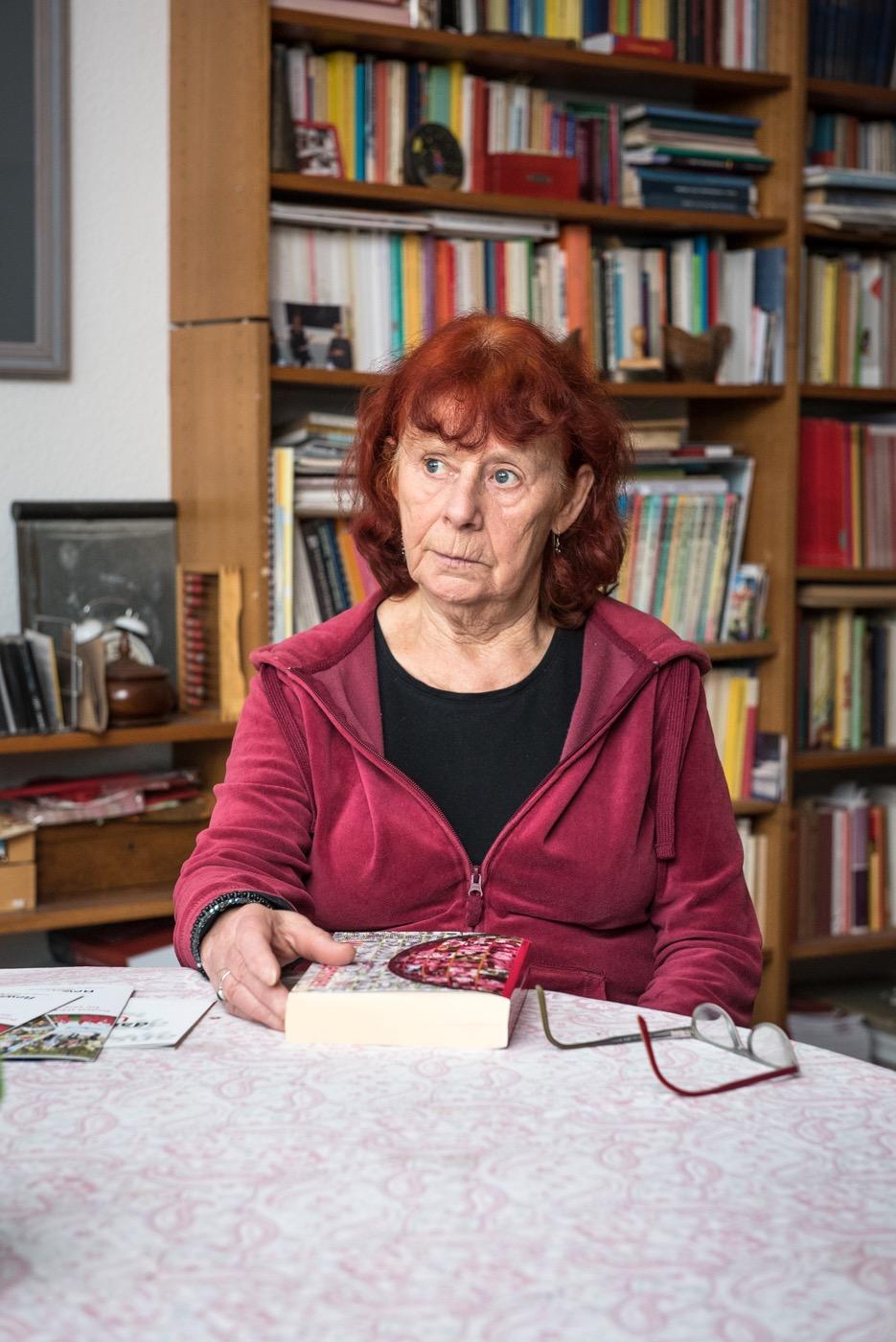 Die Sozialwissenschaftlerin und Historikerin hat an der TU Berlin promoviert.