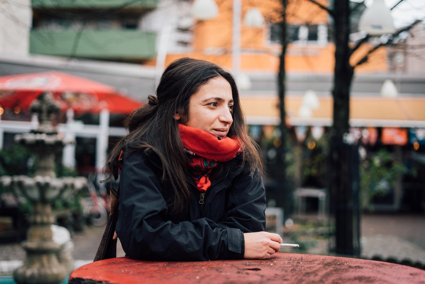 Aufgewachsen ist Fatma Kar selbst in Thüringen, lebt heute in Berlin.