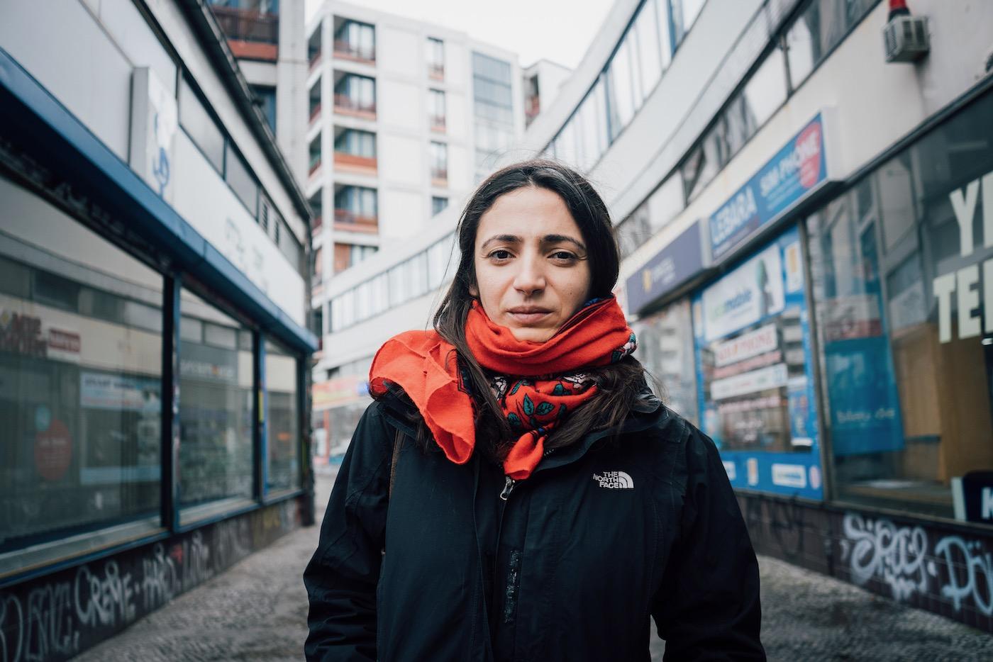 Fatma Kar hilft mit einem Netzwerk ostdeutschen Initiativen finanziell.