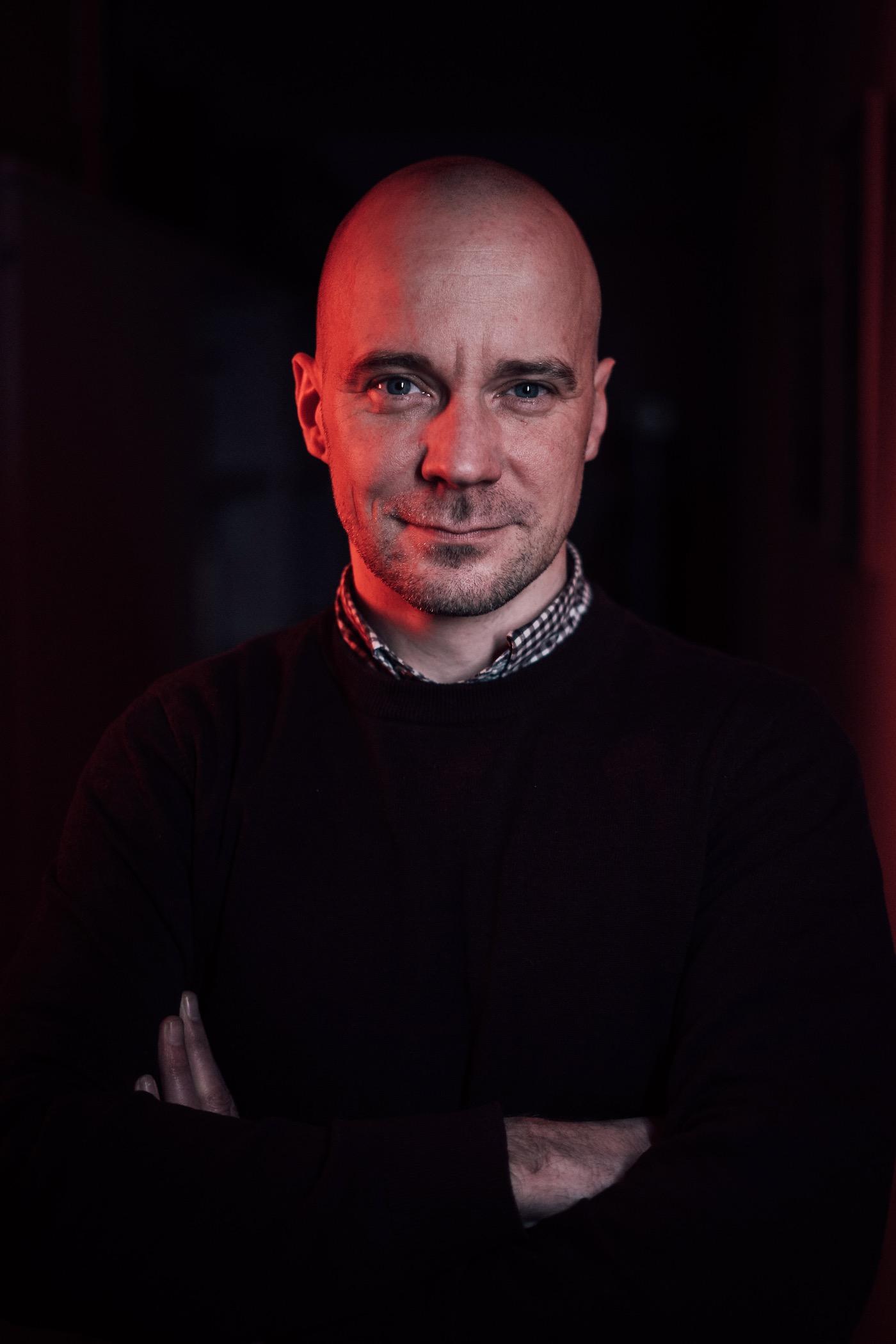 Fabian Wichmann arbeitet für die Ausstiegsinitiative Exit.