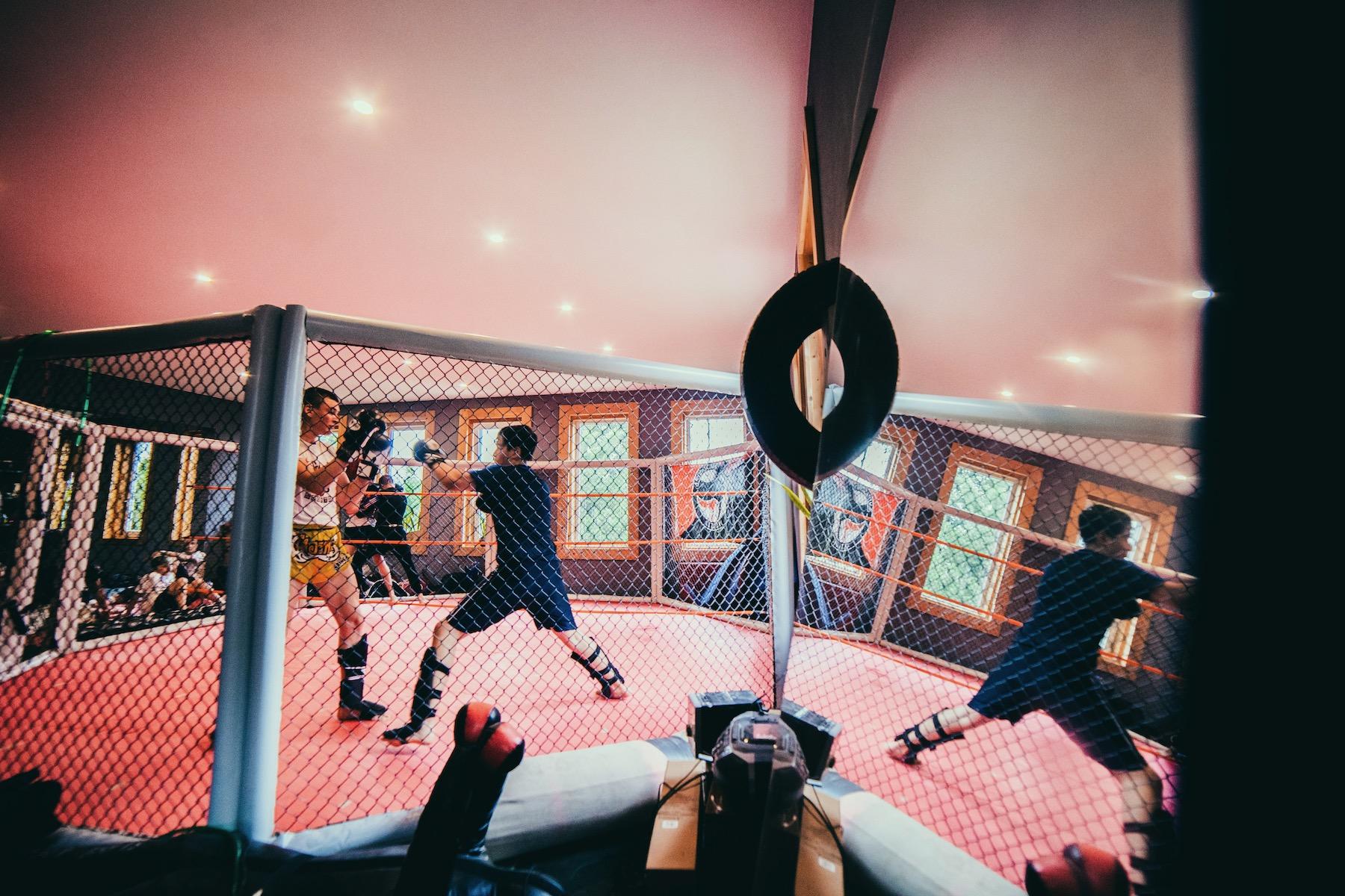 """Das Gym sieht Sunny als """"soziales Projekt"""" und als Möglichkeit, angestaute Aggressionen loszuwerden."""